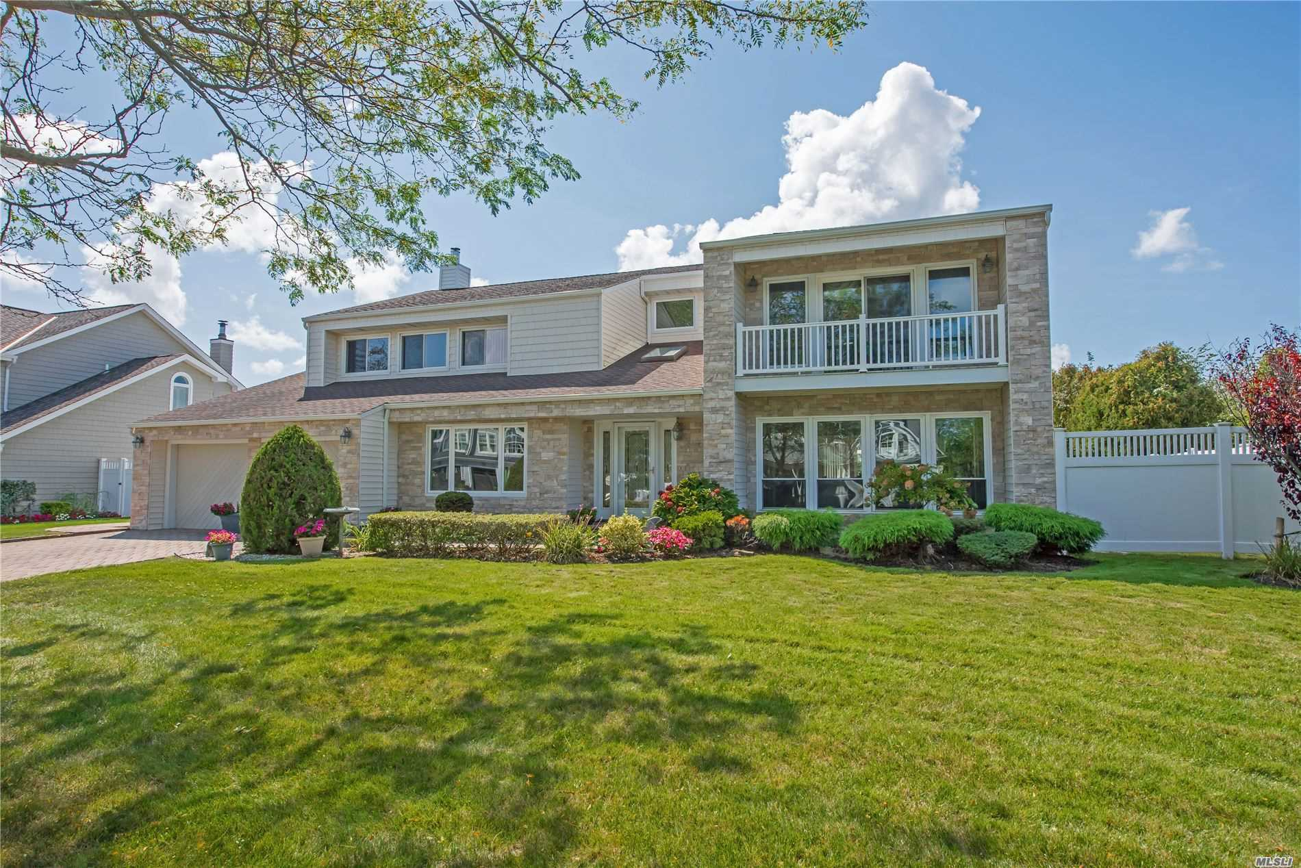 152 Pace Dr, Islip, New York