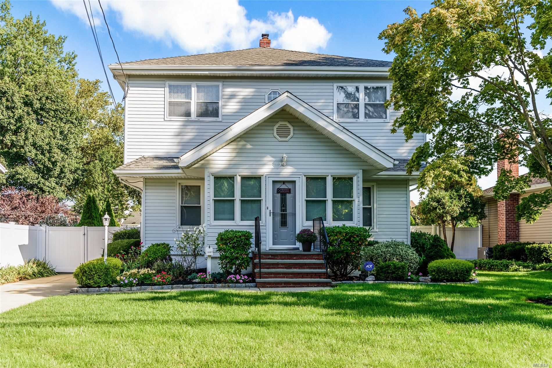 One of Wantagh 4 Bedroom Homes for Sale at 3461 Lufberry Ave