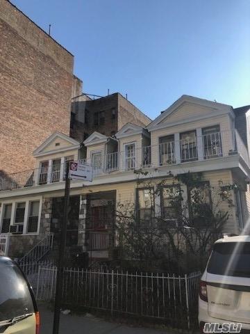 2802 Claflin Ave, Bronx, New York