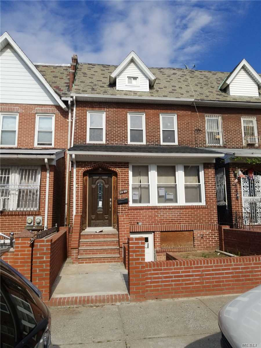 32-35 87th St,Flushing  NY