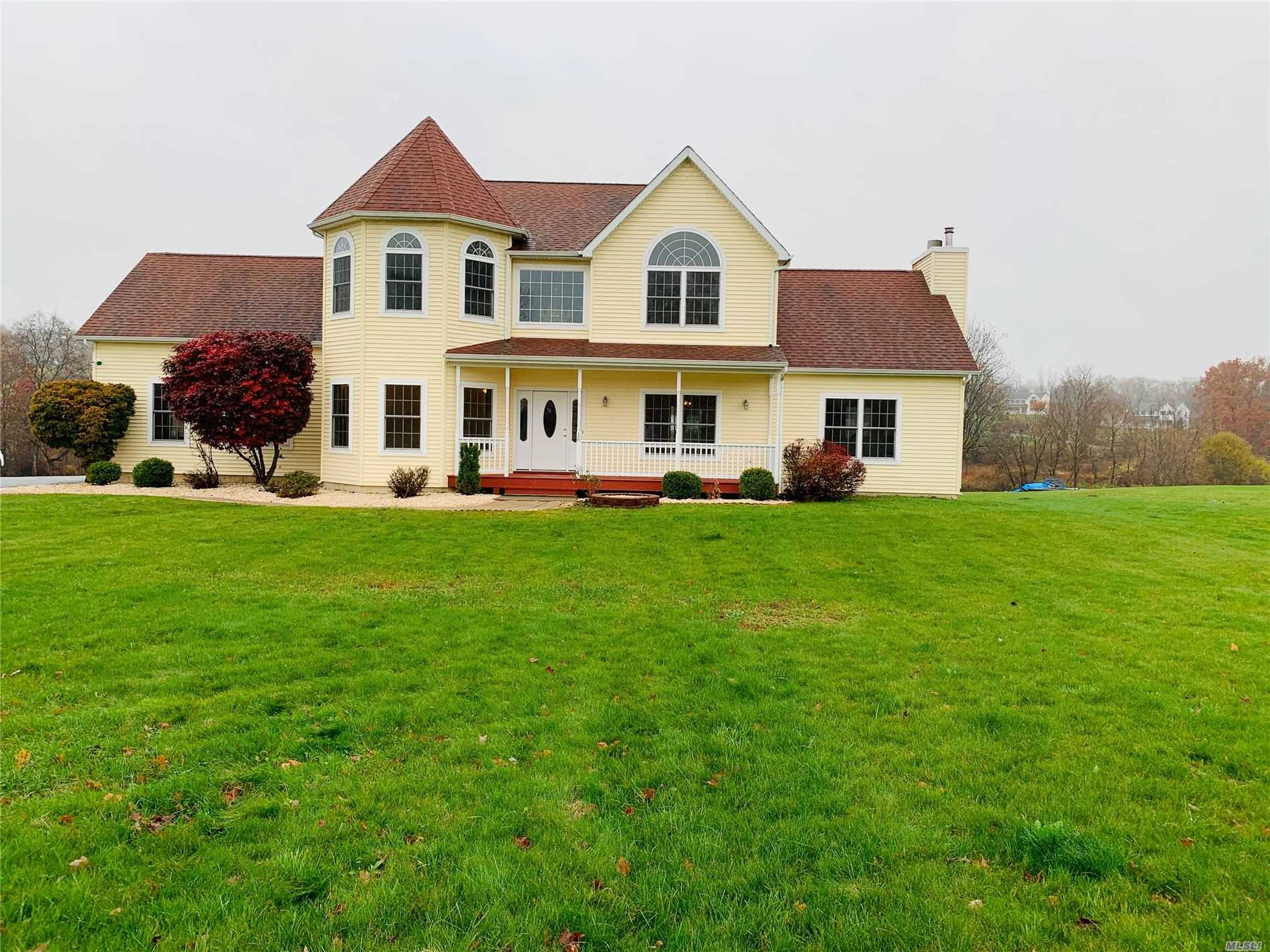 16 Peterson Ct, Middletown, New York