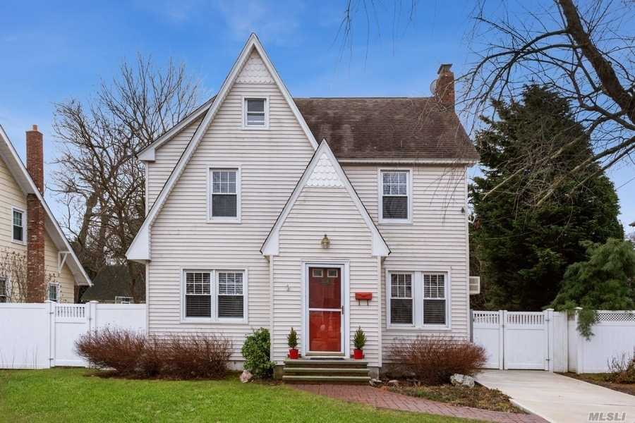 3156 Wilmarth Place, Wantagh, New York