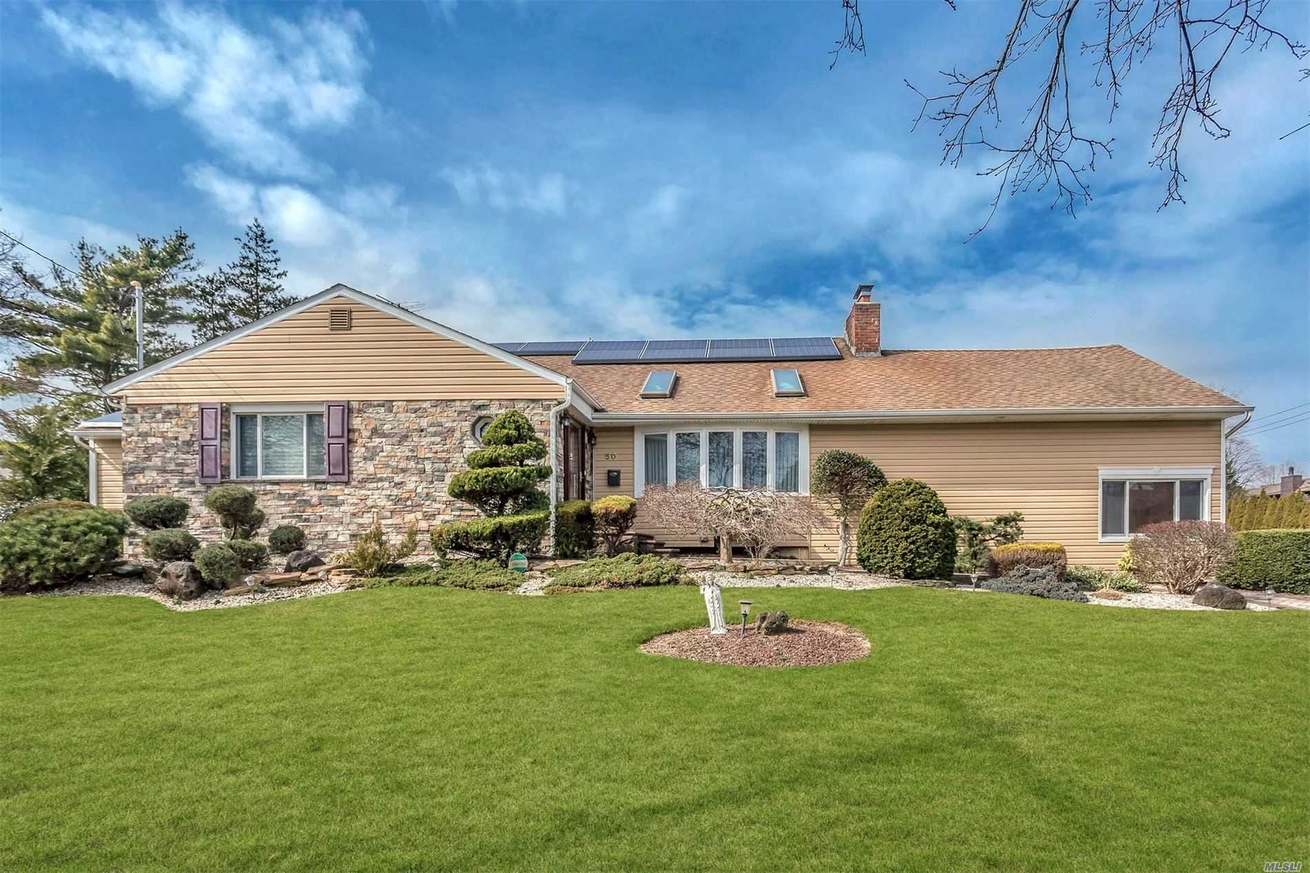 50 Birch Lane, Massapequa Park, New York