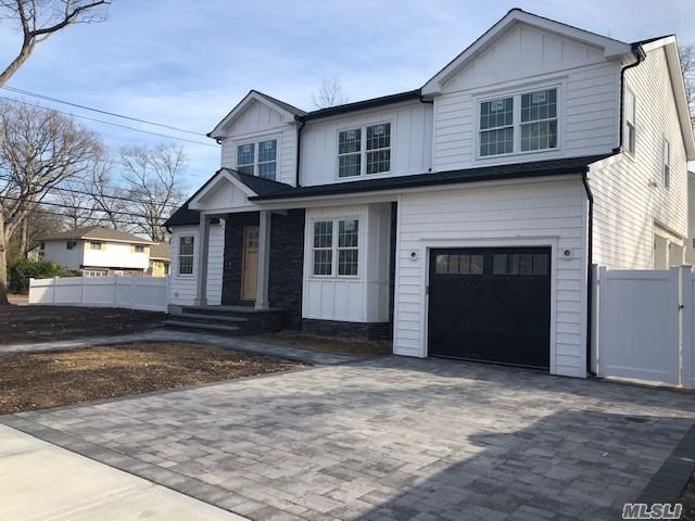 98 Abbey St, Massapequa Park, New York