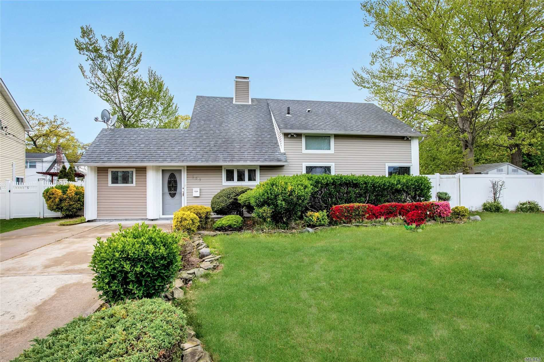 One of Wantagh 4 Bedroom Homes for Sale at 169 Twin Lane