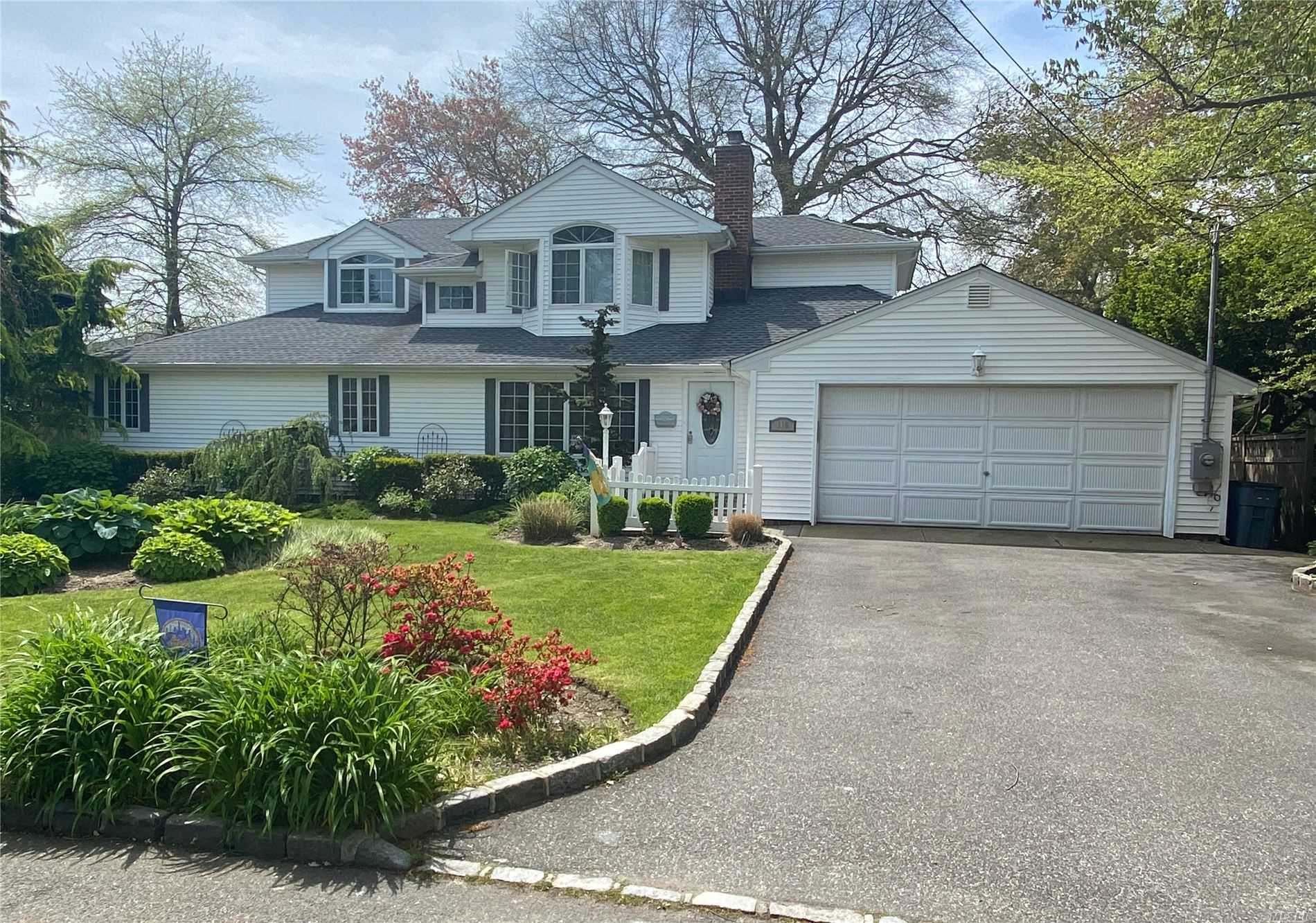 110 Adam Road, Massapequa Park, New York
