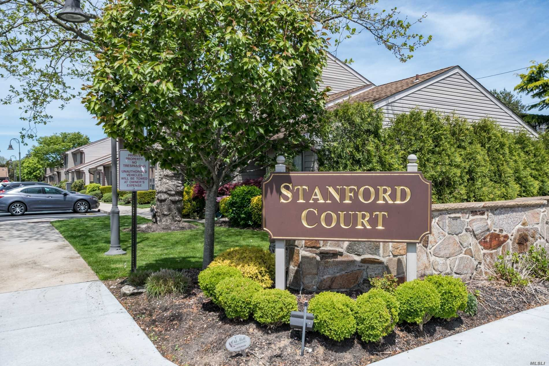 78 Stanford Ct, one of homes for sale in Wantagh