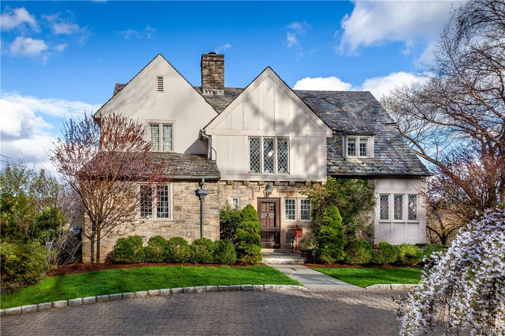 54 Prescott Avenue, Bronxville, New York