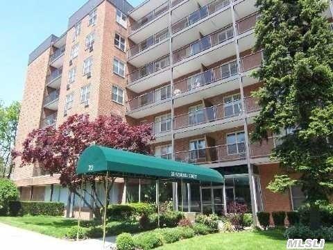 Rental Homes for Rent, ListingId:31941262, location: 20 Wendell St Hempstead 11550