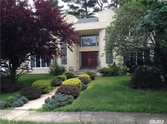 Rental Homes for Rent, ListingId:34022267, location: 24 Warwick Rd Great Neck 11021