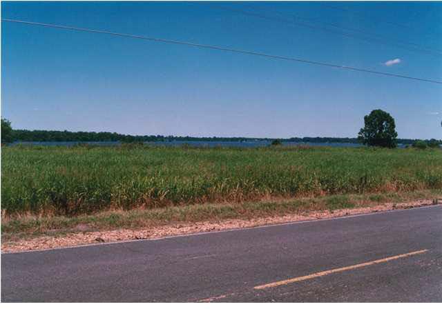 primary photo for 33 EAGLE LAKE SHORE RD 33, Eagle Lake, MS 39183, US