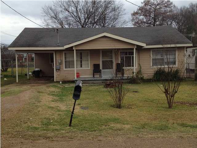 405 W Fifth St # 1, Yazoo City, MS 39194