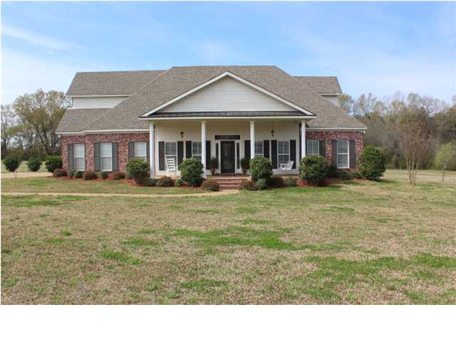547 First St, Flora, MS 39071