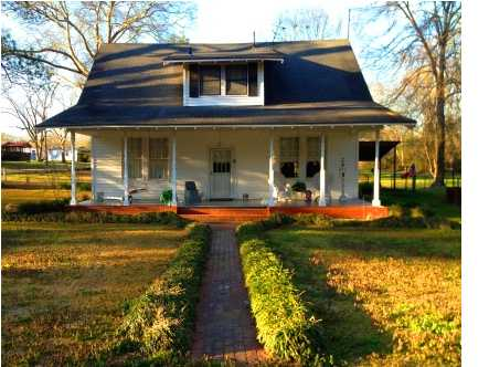 114 Willow St, D'lo, MS 39062