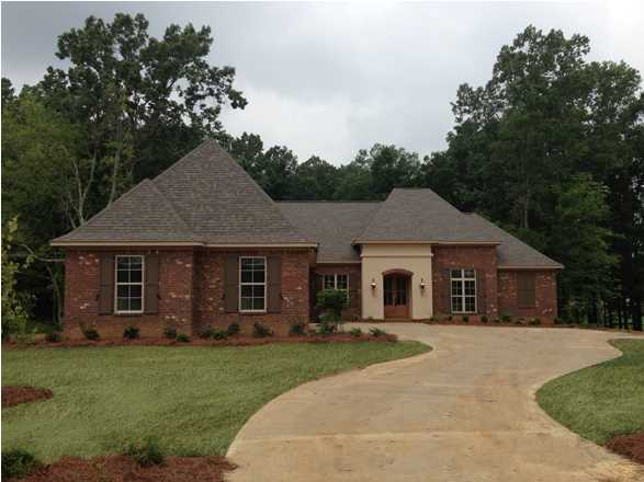 343 Wrenfield Way, Ridgeland, MS 39157