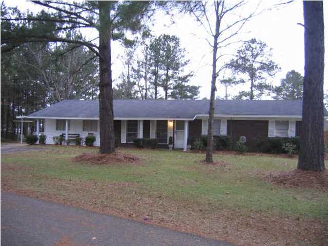 137 Williams Dr, Florence, MS 39073
