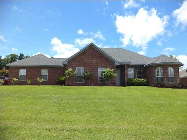 2041 S Cobblestone Cv, Brandon, MS 39042
