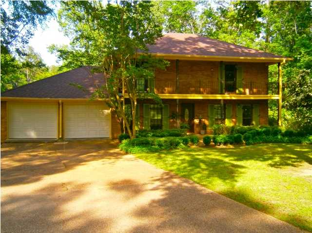 110 Stonington Ct, Brandon, MS 39047