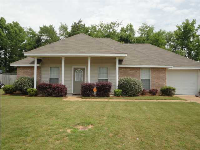 3002 Meagan Dr, Byram, MS 39272