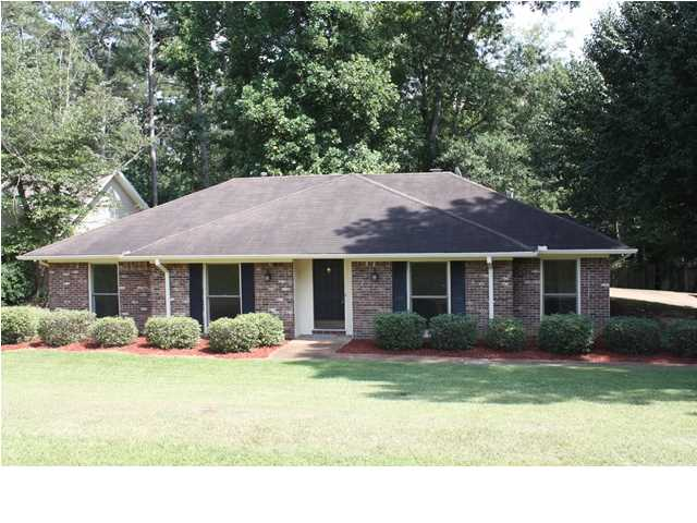 205 Stonecastle Dr, Brandon, MS 39047