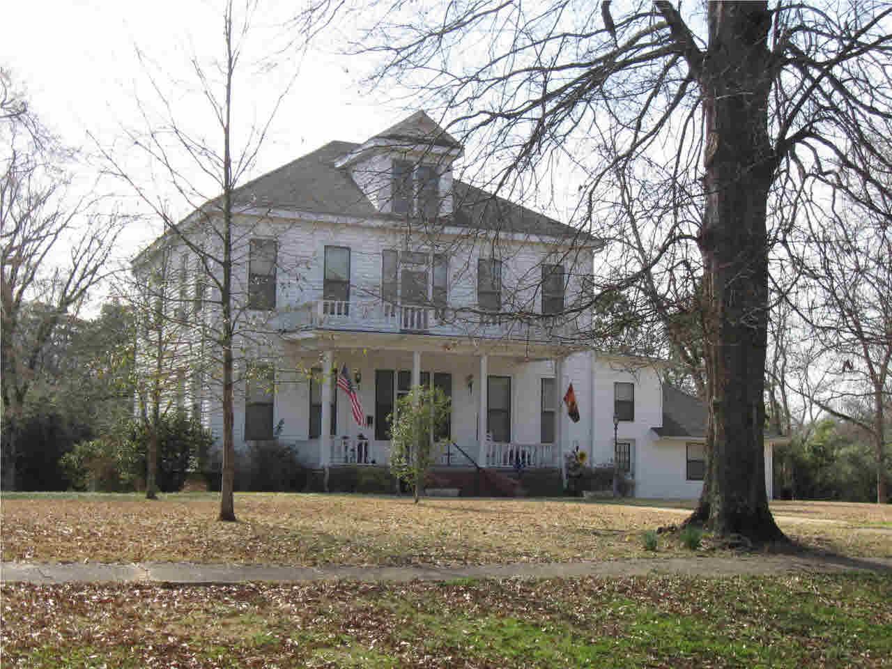 Real Estate for Sale, ListingId: 32546398, Hazlehurst,MS39083