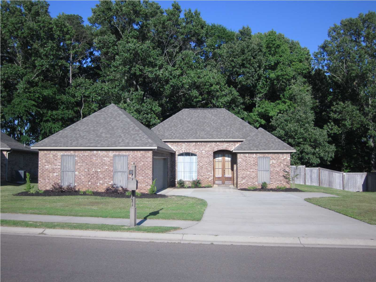 Madison mississippi real estate and homes for sale for Home builders madison ms