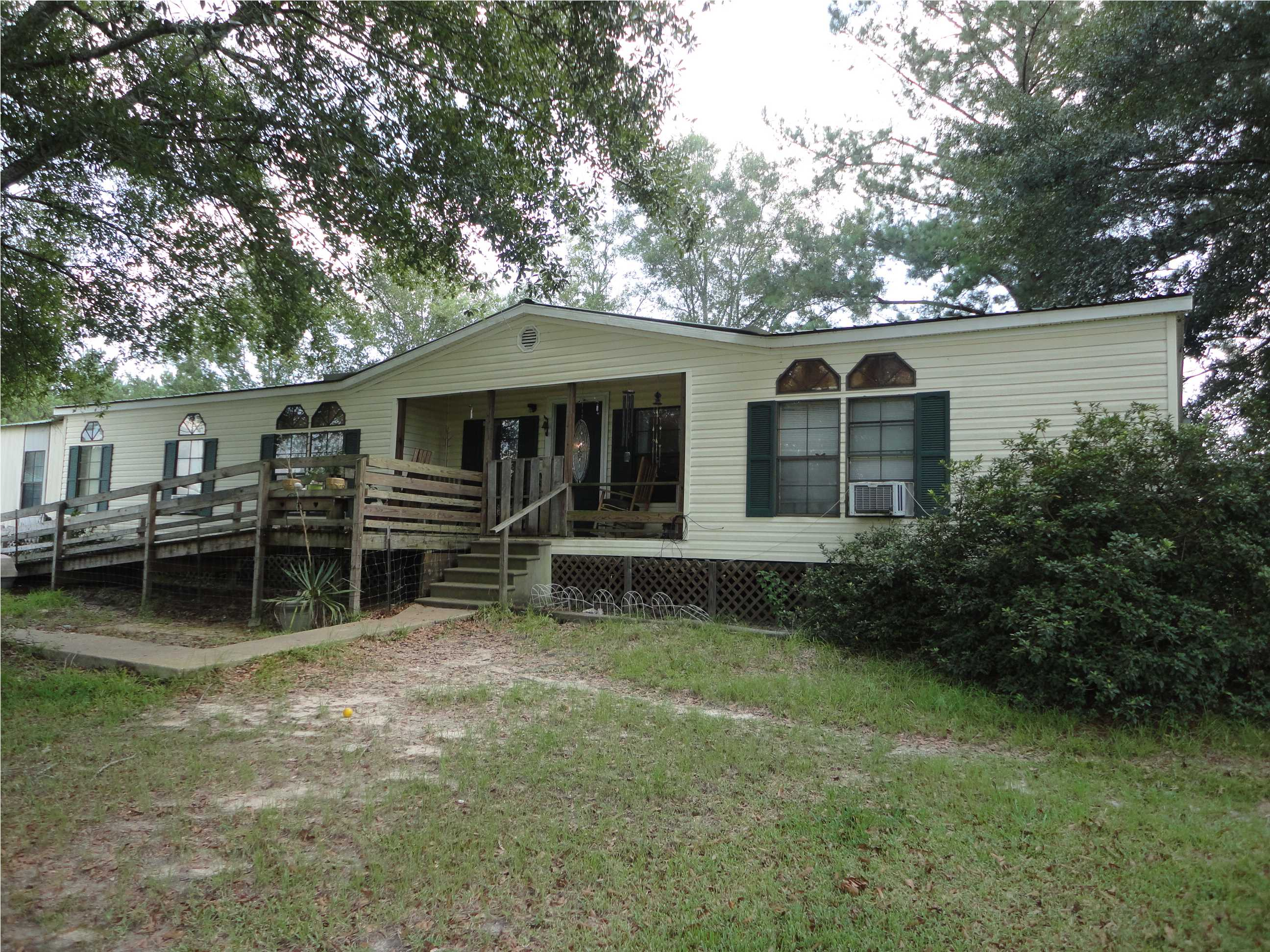 406 Malcolm Rd, Sontag, MS 39665