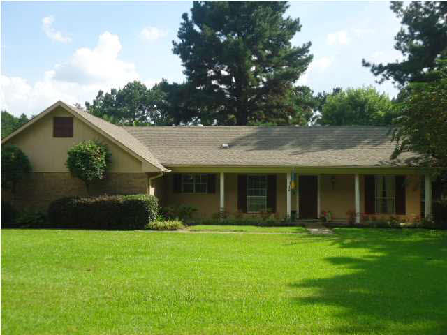 Real Estate for Sale, ListingId: 32546409, Hazlehurst, MS  39083