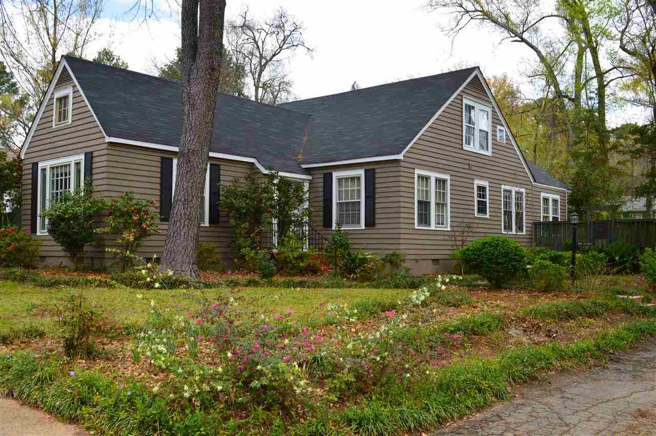 Featured Property in JACKSON, MS, 39202