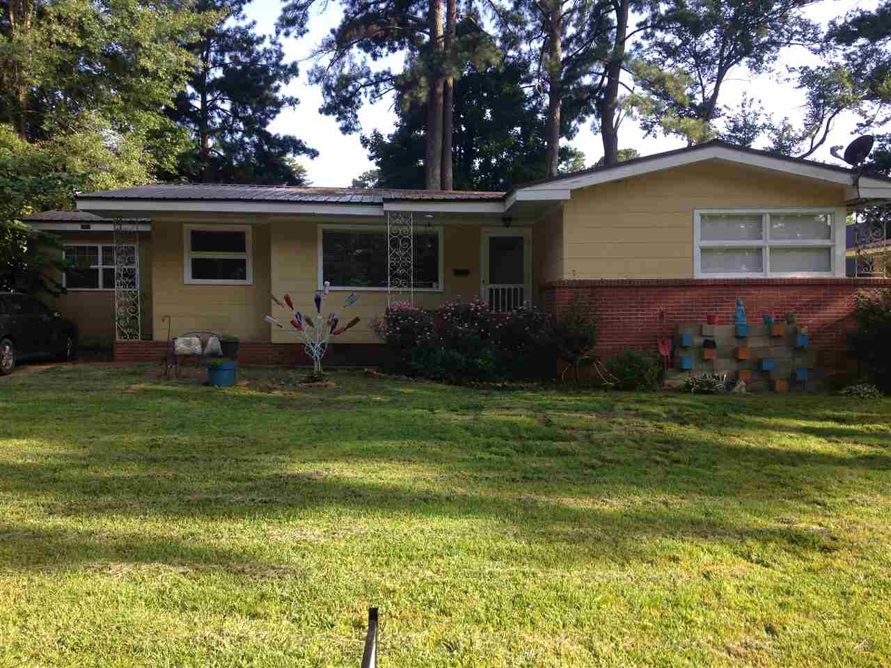 Rental Homes for Rent, ListingId:35638033, location: 1063 PARKWOOD PL Jackson 39206