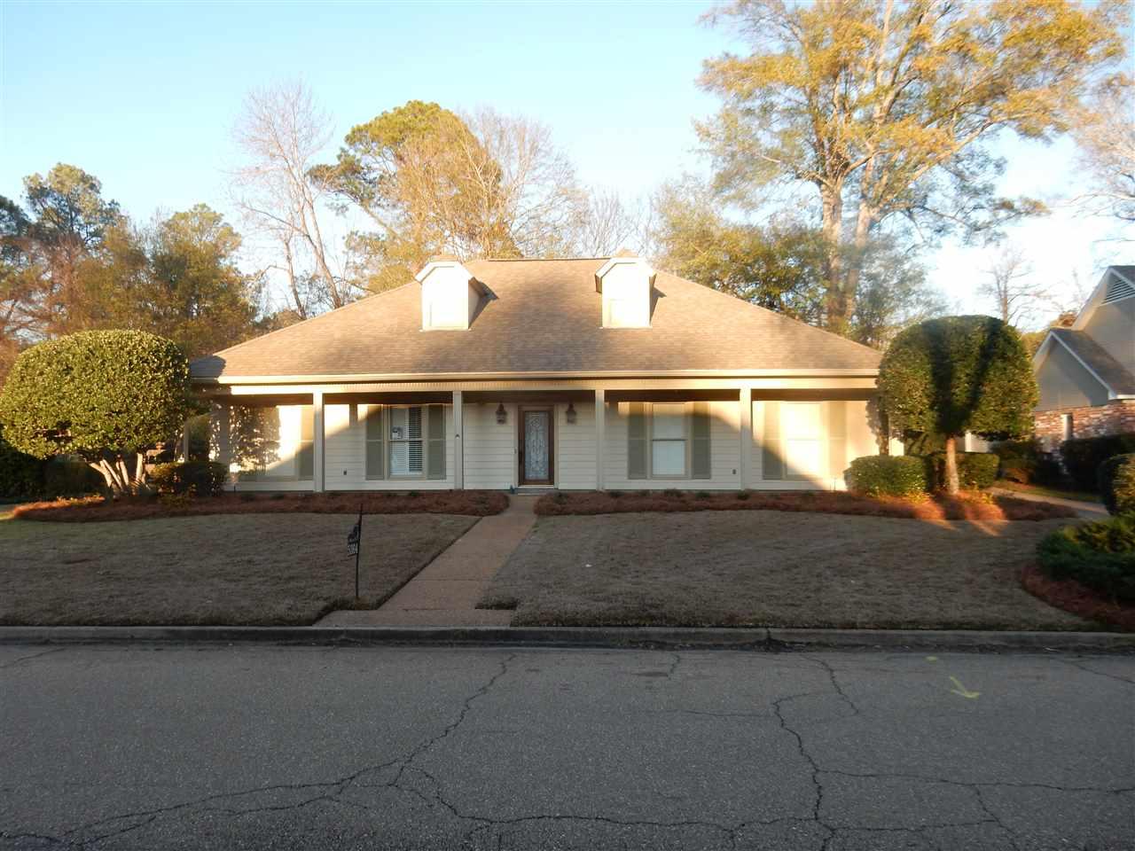 Rental Homes for Rent, ListingId:36155174, location: 5364 FAIRWAY ST Jackson 39211