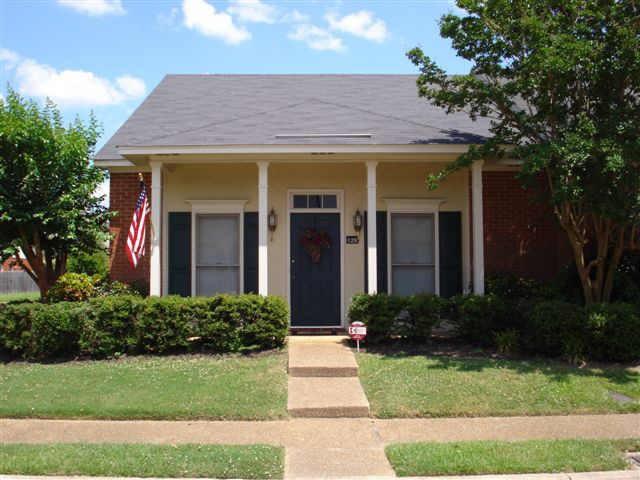Rental Homes for Rent, ListingId:36280590, location: 128 N BRIGHTON Jackson 39211