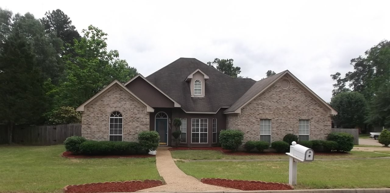 Photo of 2206 PINEHAVEN DR  Flowood  MS