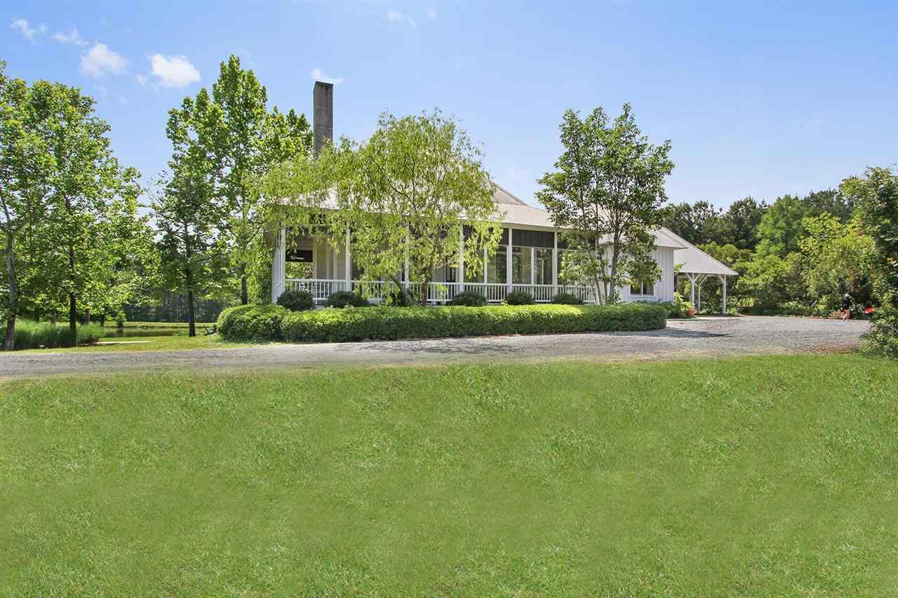241 Highland Hills Ln, Flora, MS 39071