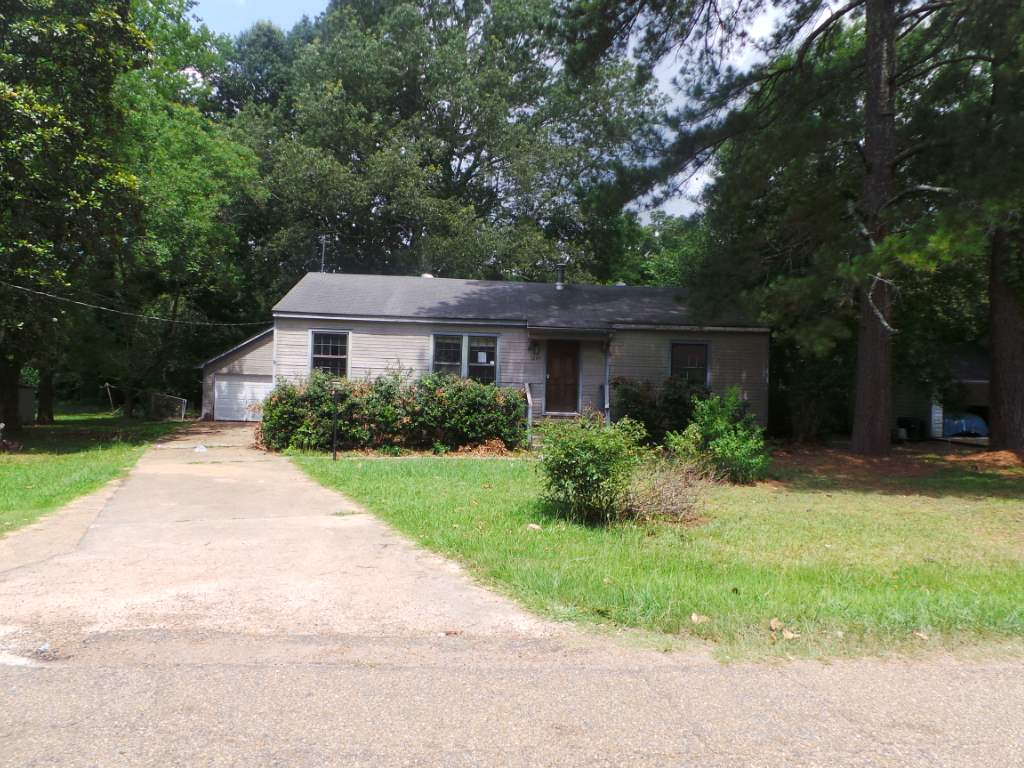 Photo of 3645 LEE DR  Jackson  MS
