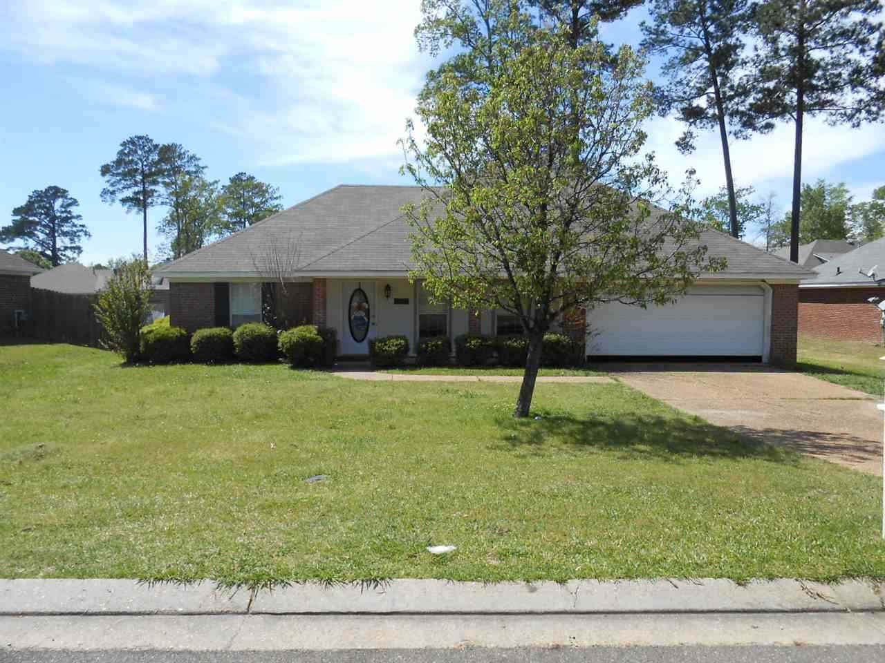 Photo of 139 LIVE OAKS BLVD  Pearl  MS