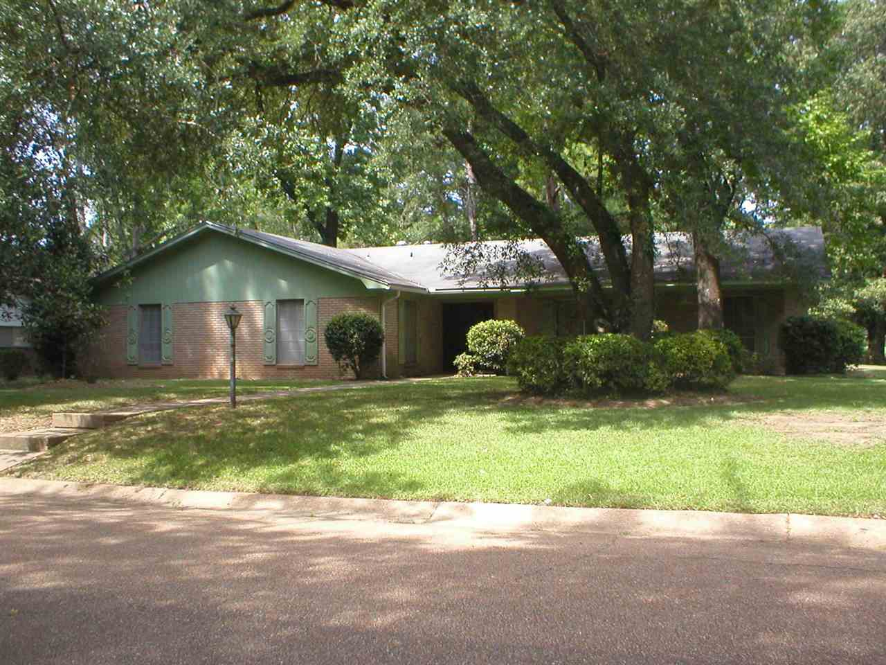 Photo of 5971 WESTMORE DR  Jackson  MS