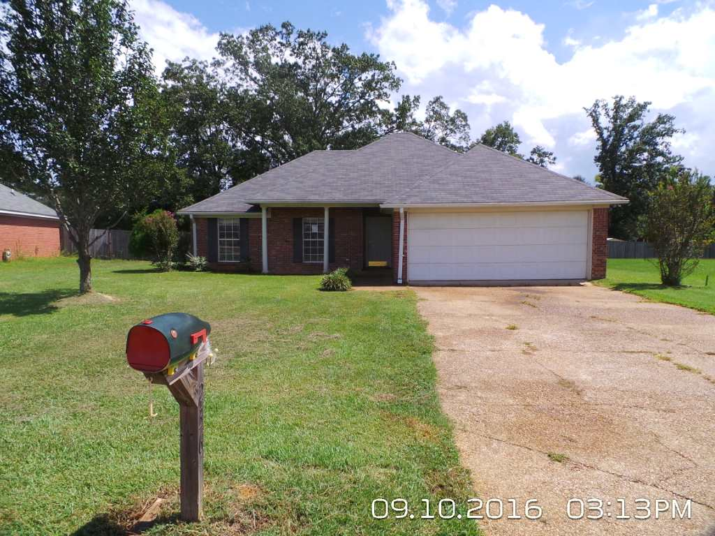 Photo of 236 SHADOW CREEK DR  Florence  MS