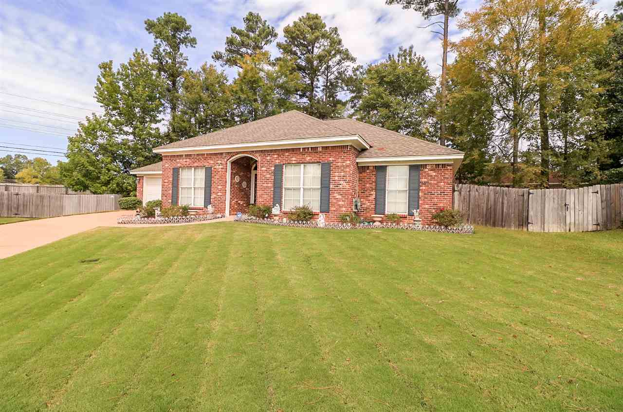 Photo of 320 LONGLEAF DR  Flowood  MS