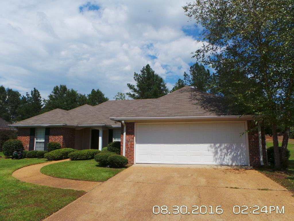 100 South Ct, Canton, MS 39046