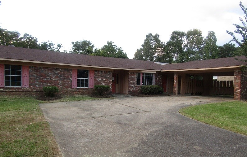 Photo of 1000 NORMANDY ST  Clinton  MS