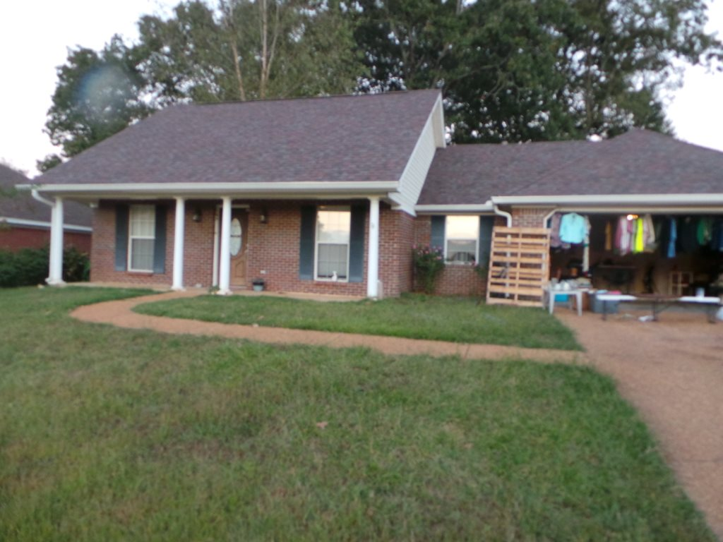 Photo of 136 LIVE OAKS BLVD  Pearl  MS