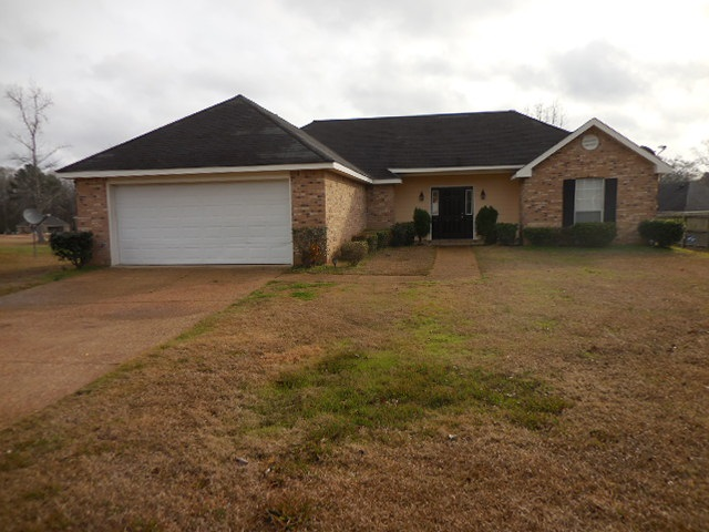 Photo of 214 FOX MEADOW CT  Terry  MS