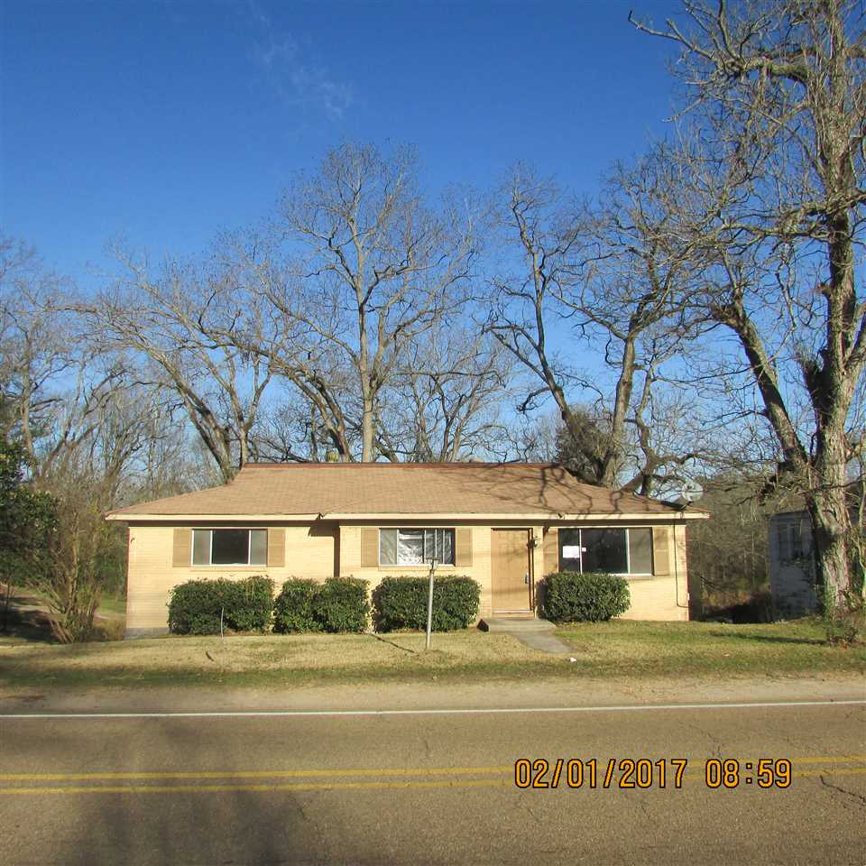 Photo of 303 JACKSON ST  Edwards  MS