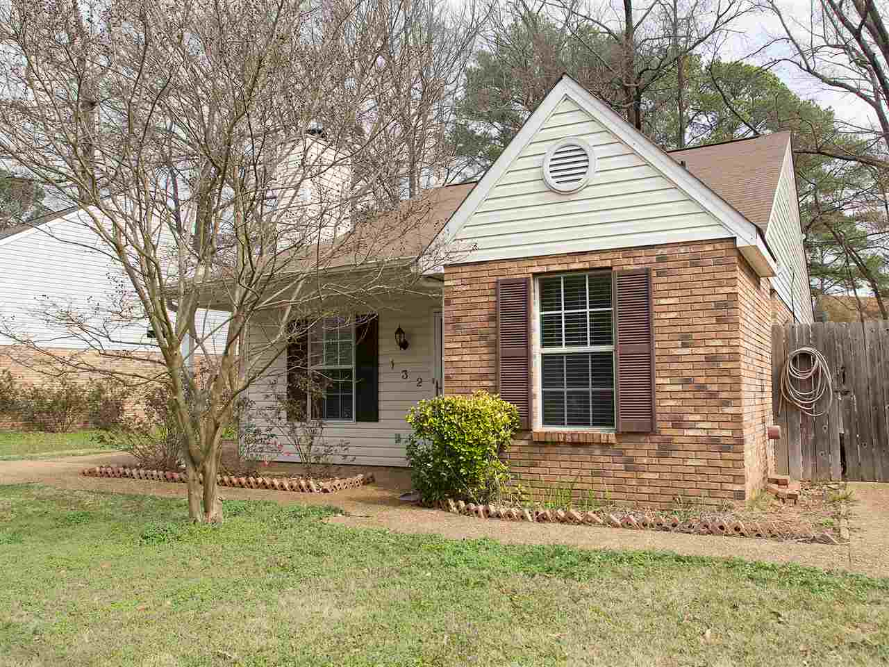 Photo of 132 HALEY CREEK DR  Madison  MS