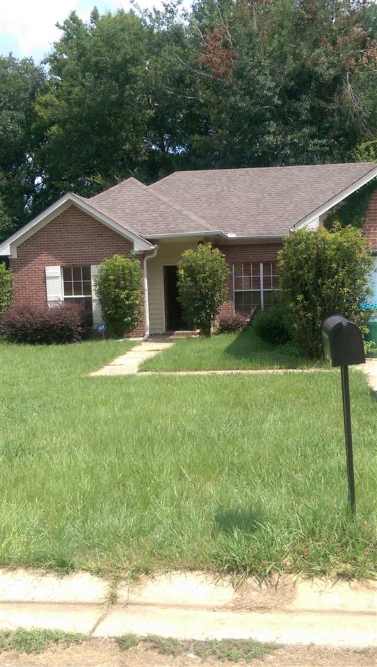 Photo of 122 NORTHGATE DR  Canton  MS