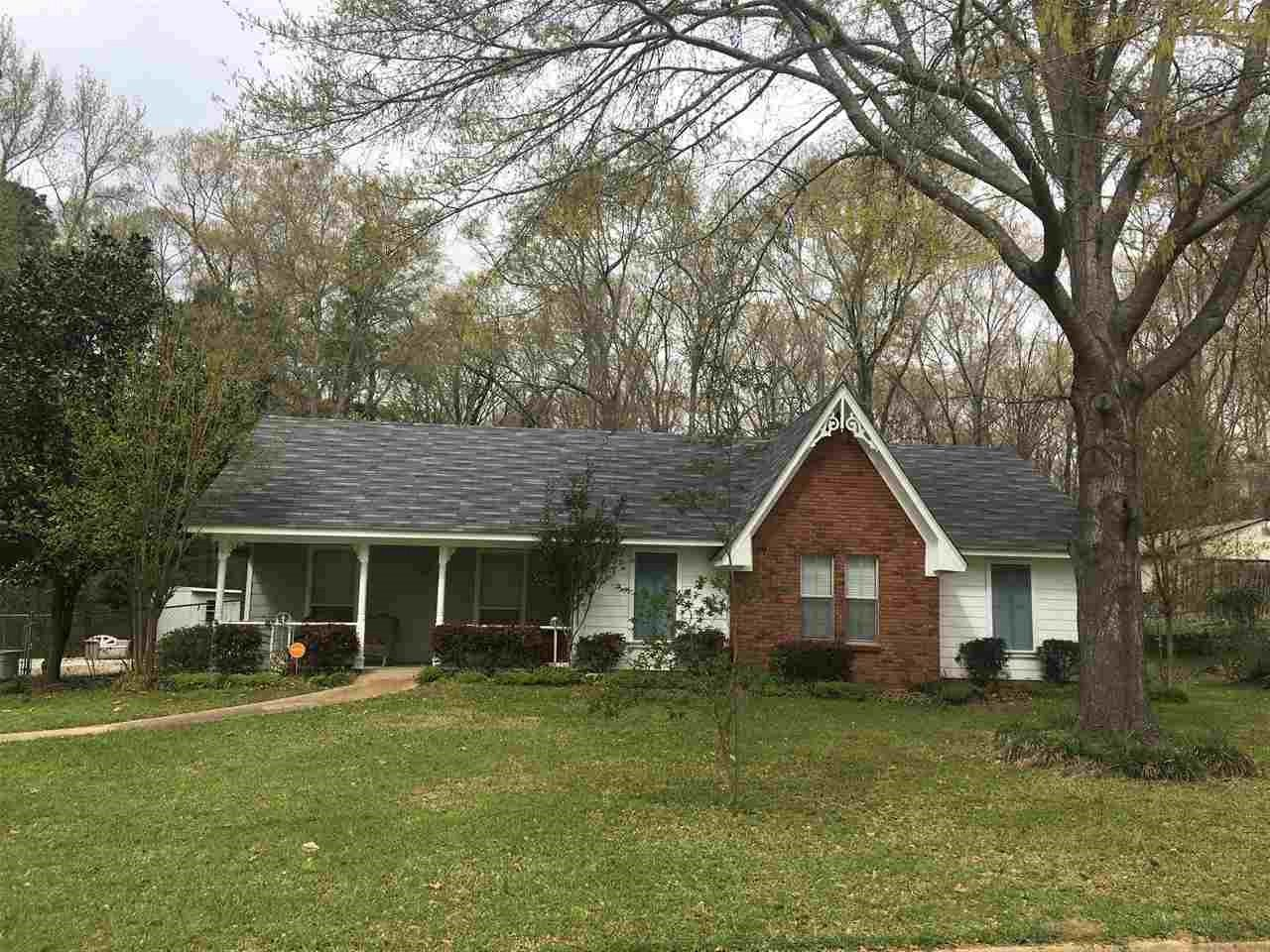 Photo of 208 TRAILWOOD DR  Clinton  MS