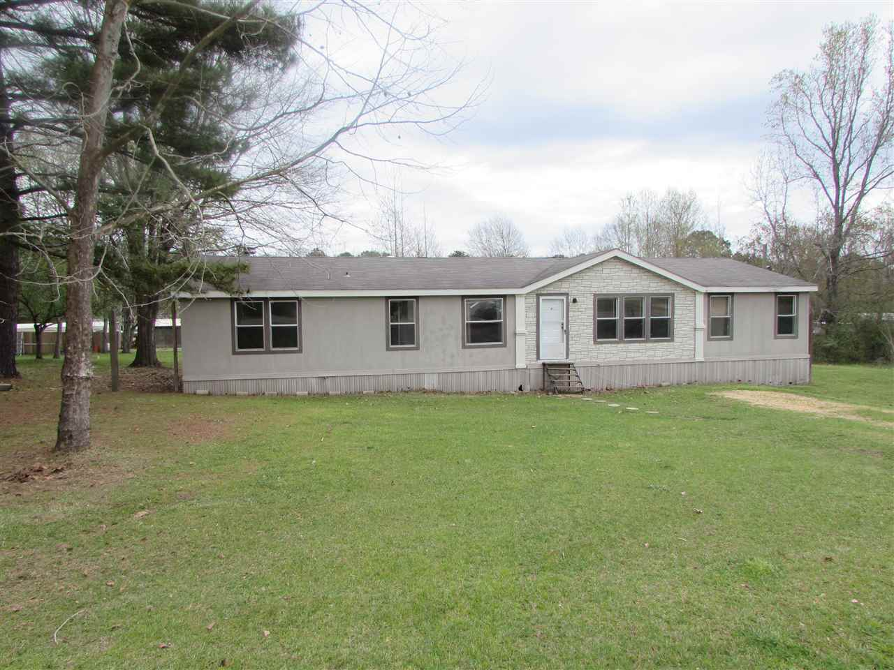 Photo of 145 SUNNY LN  Florence  MS