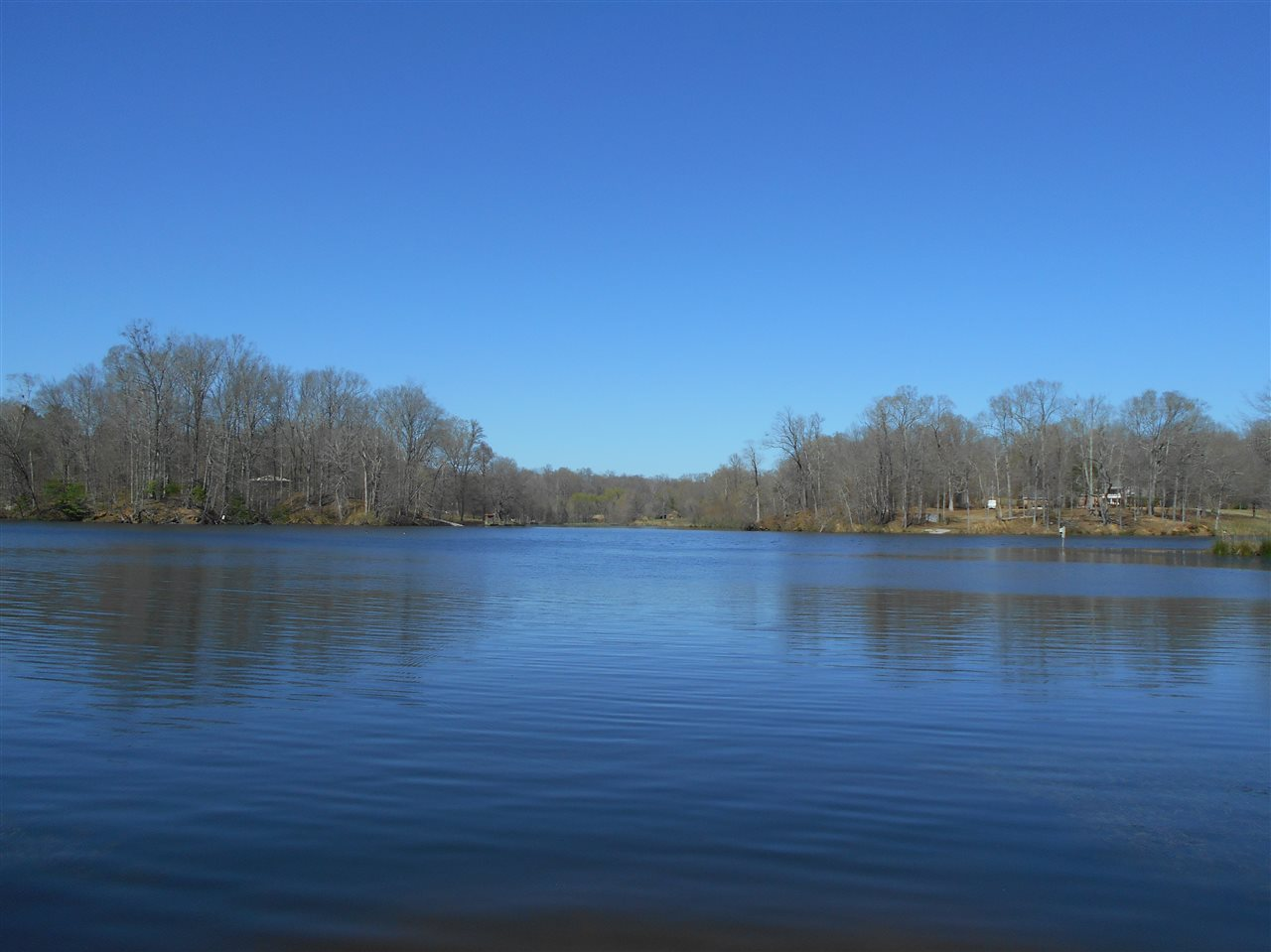 Mississippi waterfront property in yazoo city rolling for Silver lake washington fishing