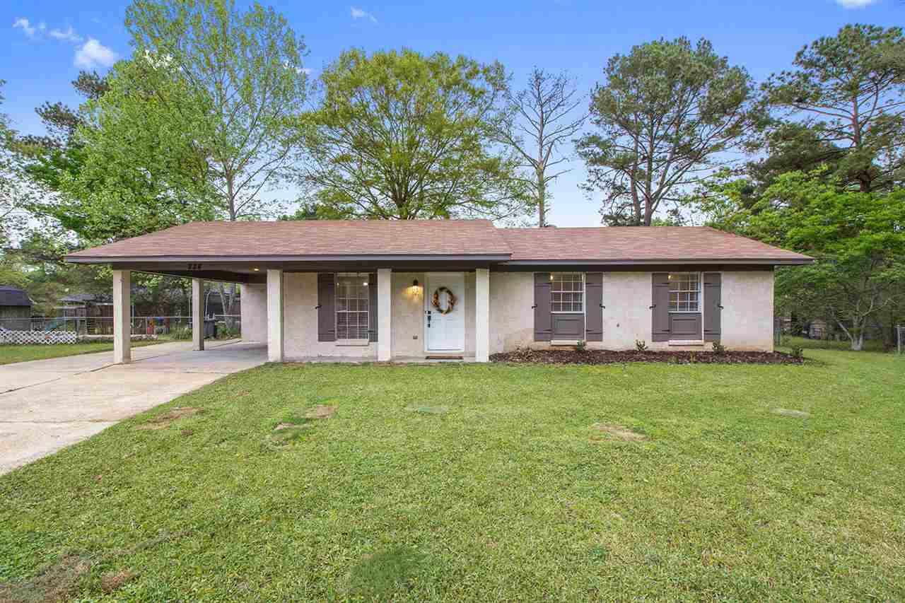 Traditional, Detached - Pearl, MS (photo 1)